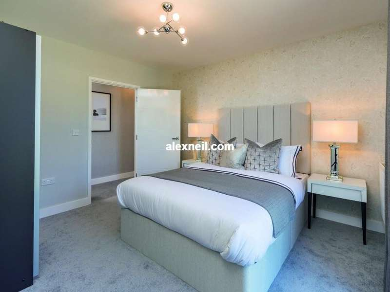 3 Bedrooms Flat for sale in Venue, Anerley SE20