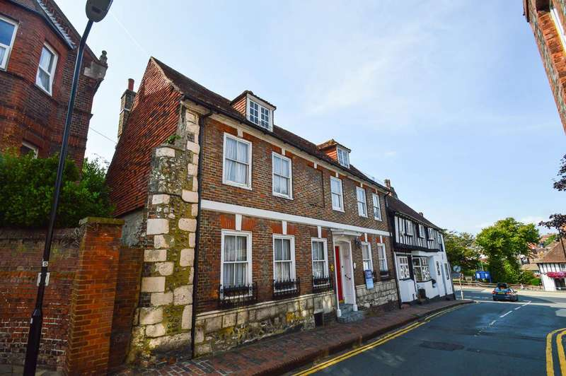 4 Bedrooms Town House for sale in Borough Lane, Eastbourne