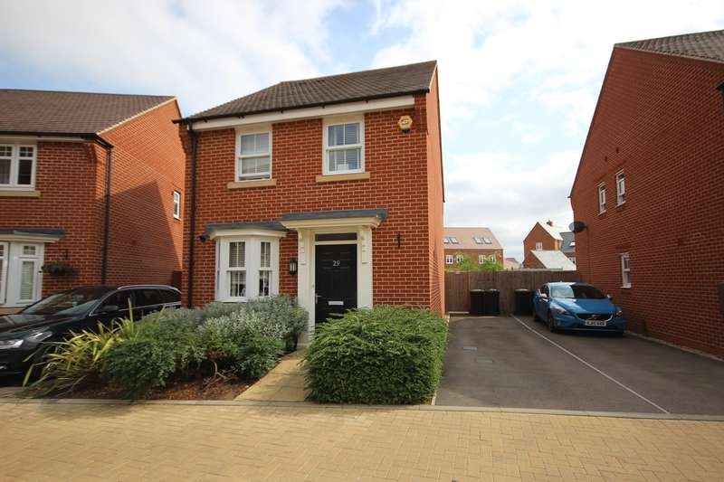 3 Bedrooms Detached House for sale in Little Linns, Marston Moretaine, Bedfordshire, MK43