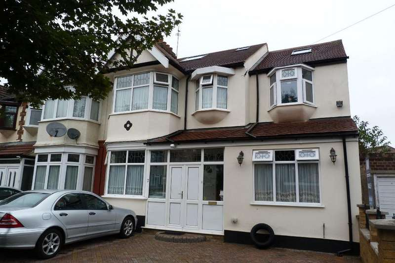 7 Bedrooms End Of Terrace House for sale in Queenborough Gardens, Gants Hill, Essex IG2