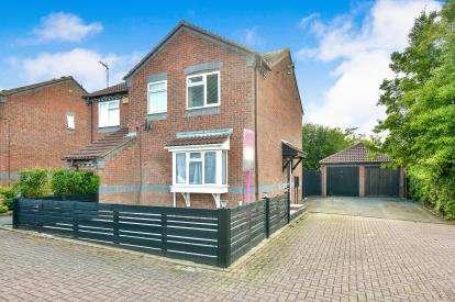 3 Bedrooms Semi Detached House for sale in Cherleton, Two Mile Ash, Milton Keynes, Bucks