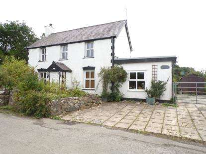 3 Bedrooms Detached House for sale in Saron, Caernarfon, Gwynedd, LL54
