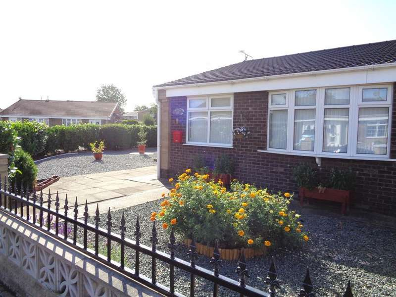 2 Bedrooms Semi Detached Bungalow for sale in 1 Kenmore Drive