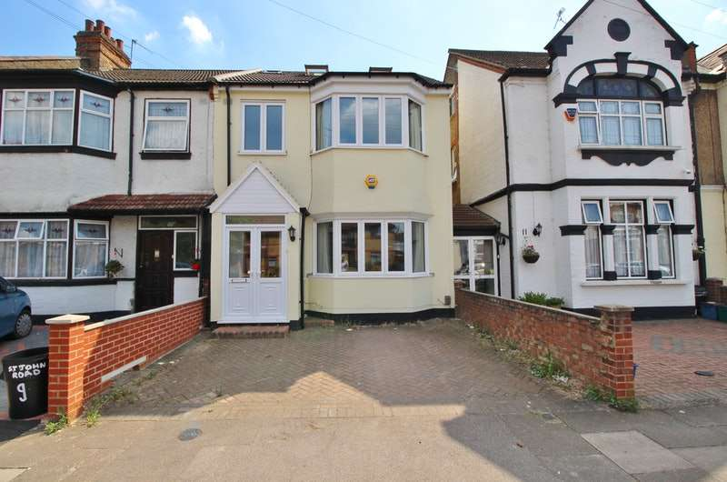 5 Bedrooms End Of Terrace House for sale in St. Johns Road, Ilford, London, IG2