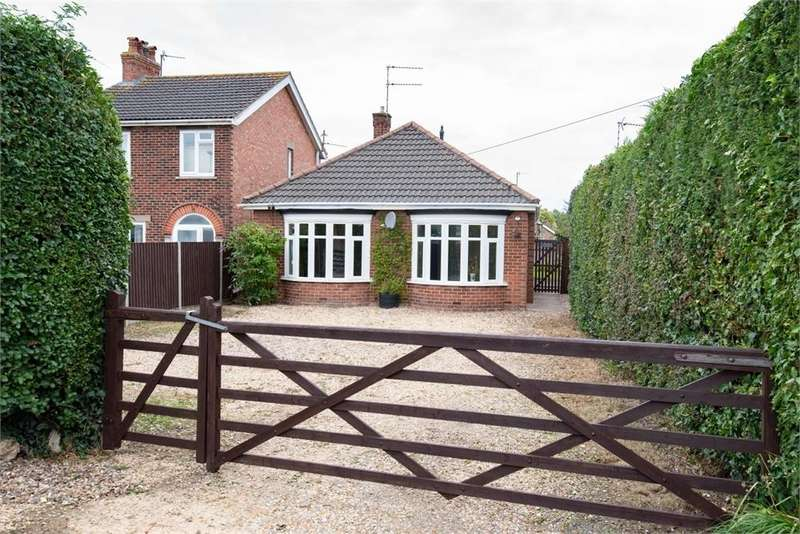 3 Bedrooms Detached Bungalow for sale in Woodville Road, Boston, Lincs