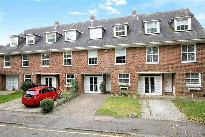 4 Bedrooms Terraced House for sale in Theydon Grove, Epping, Essex