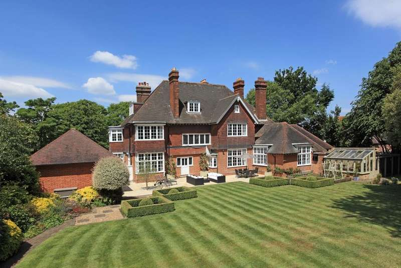 8 Bedrooms Detached House for sale in The Green Sidcup DA14
