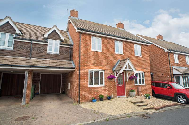 4 Bedrooms Link Detached House for sale in Geranium Gardens, Denmead PO7