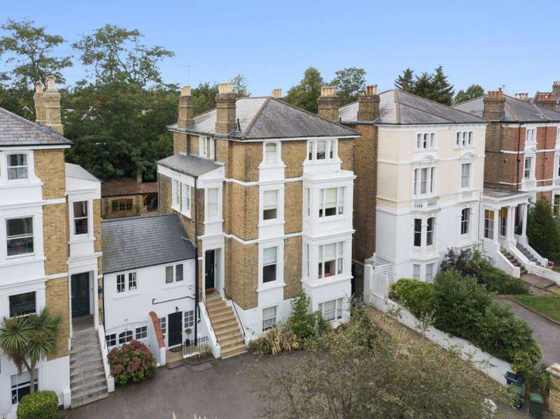 6 Bedrooms House for sale in Marlborough Road, Richmond TW10