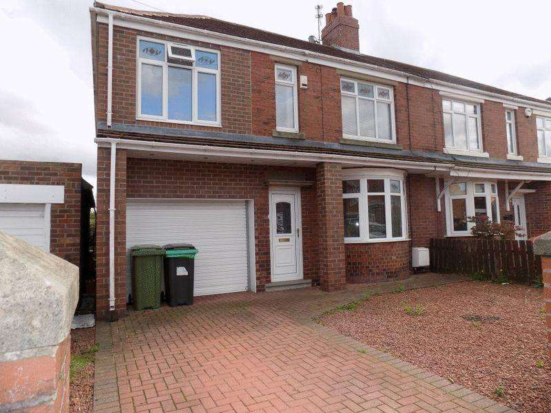 4 Bedrooms Semi Detached House for sale in Stakeford Crescent, Stakeford