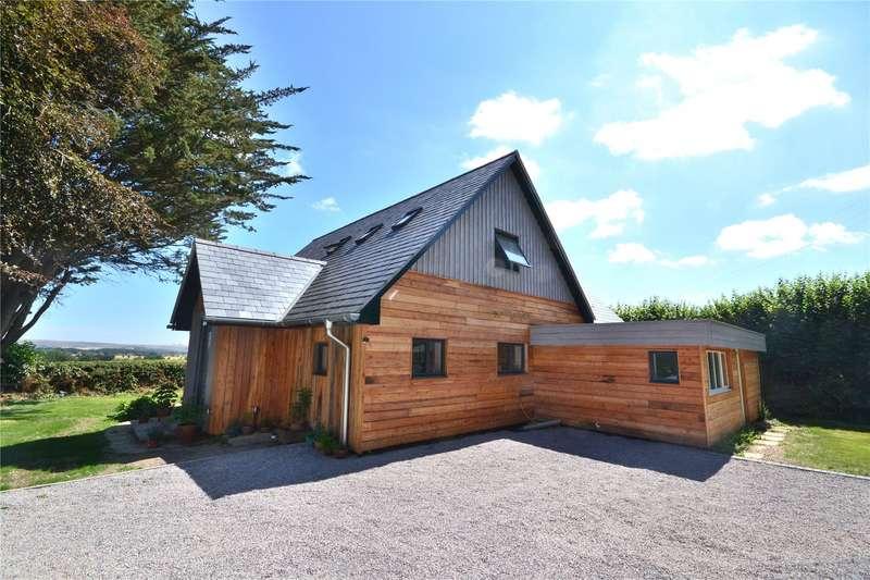3 Bedrooms Detached House for sale in Coombe Street, Pen Selwood, Wincanton, Somerset, BA9