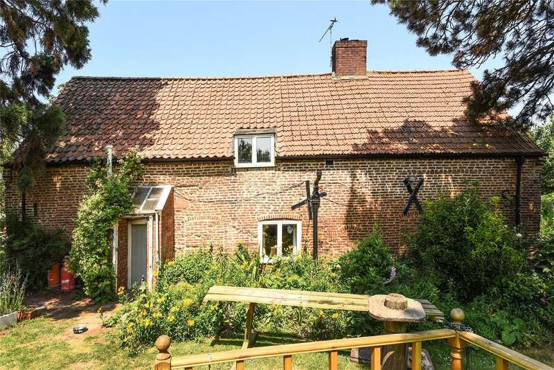 3 Bedrooms Detached House for sale in Main Road, Old Leake, PE22