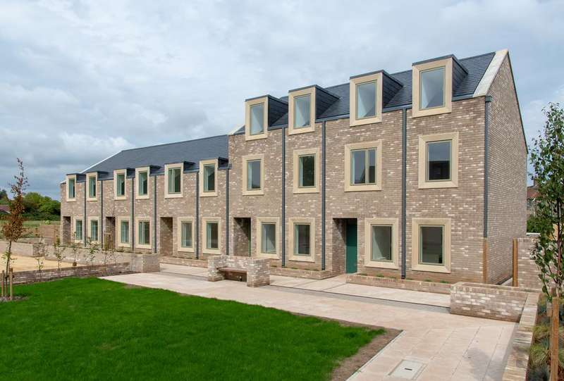 3 Bedrooms Terraced House for sale in Temple Cloud, Somerset