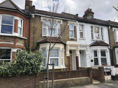 5 Bedrooms Terraced House for sale in London