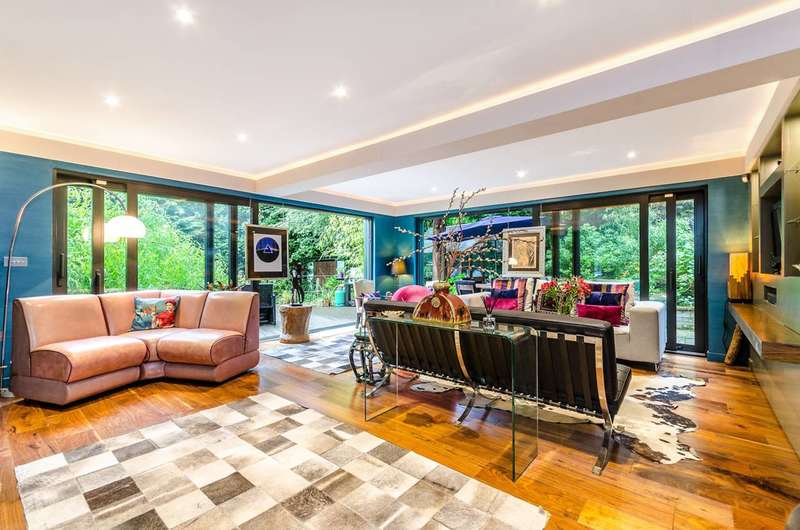 4 Bedrooms House for sale in Highfield Hill, Crystal Palace, SE19