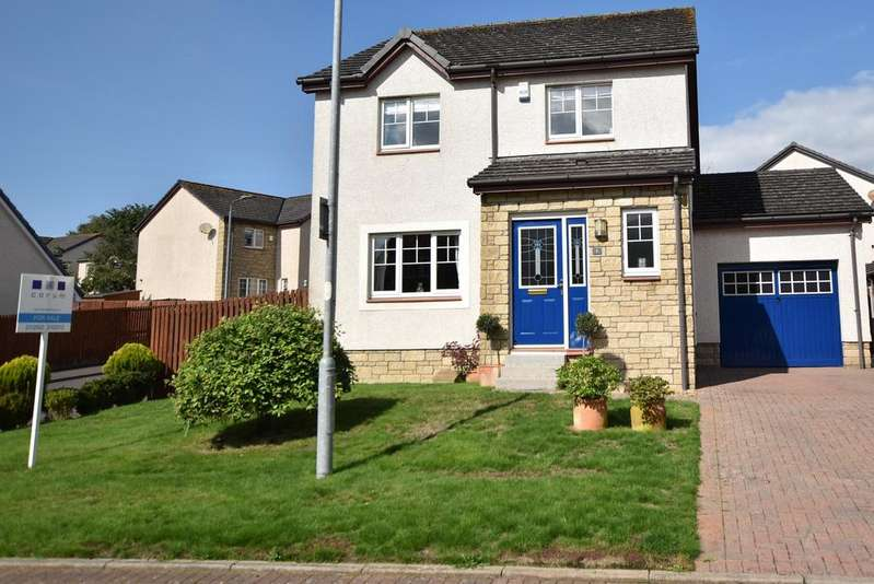 4 Bedrooms Detached Villa House for sale in 1 Merkland Park, Dundonald, KA2 9JN