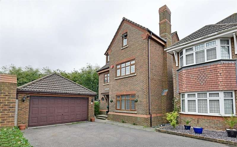 5 Bedrooms Detached House for sale in Hornbeam Avenue, Bexhill-On-Sea