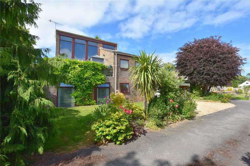 5 Bedrooms Detached House for sale in Mill Road, North Lancing, West Sussex, BN15