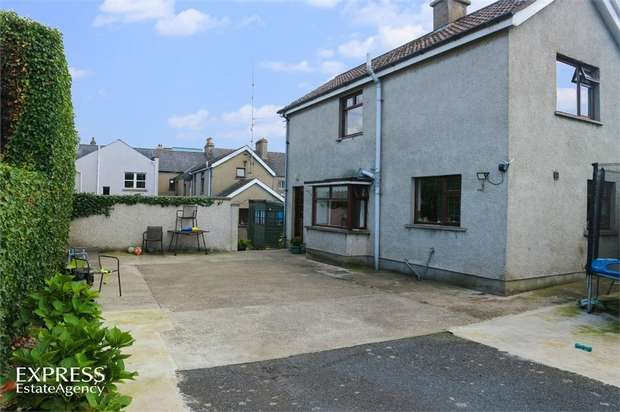 4 Bedrooms Town House for sale in Greencastle Street, Kilkeel, Newry, County Down
