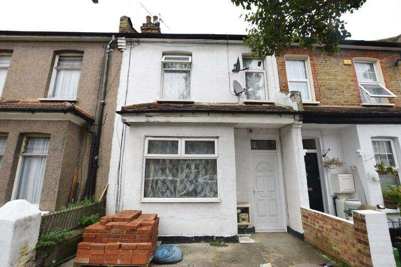 3 Bedrooms Terraced House for sale in Brookdene Road, Plumstead