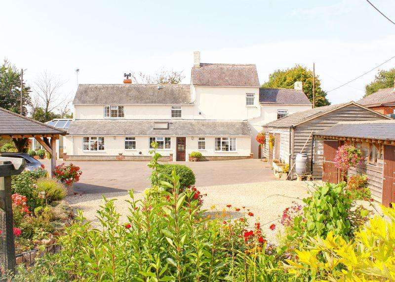 5 Bedrooms Farm House Character Property for sale in Fernham Road, Uffington