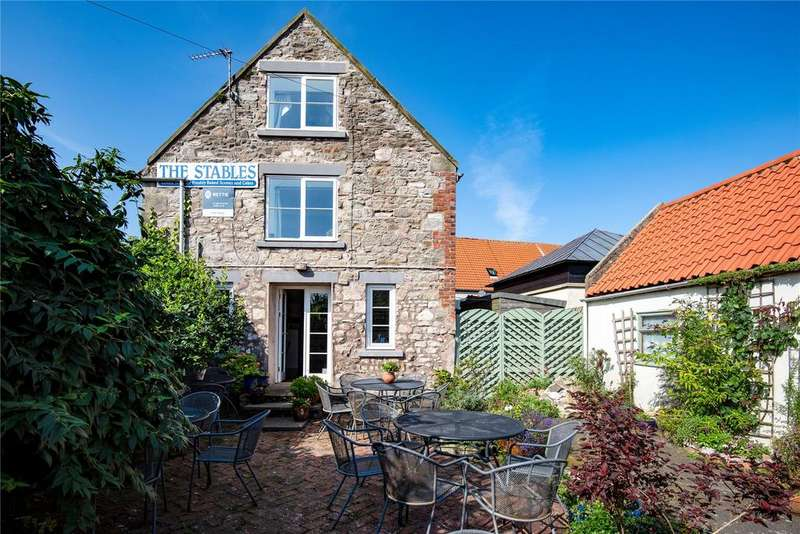 3 Bedrooms Detached House for sale in The Stables, Marygate, Holy Island, Northumberland
