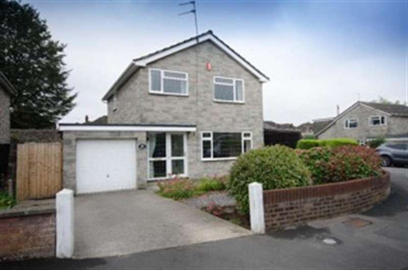 3 Bedrooms Detached House for sale in Clevedale, Downend, Bristol, BS16 2SQ