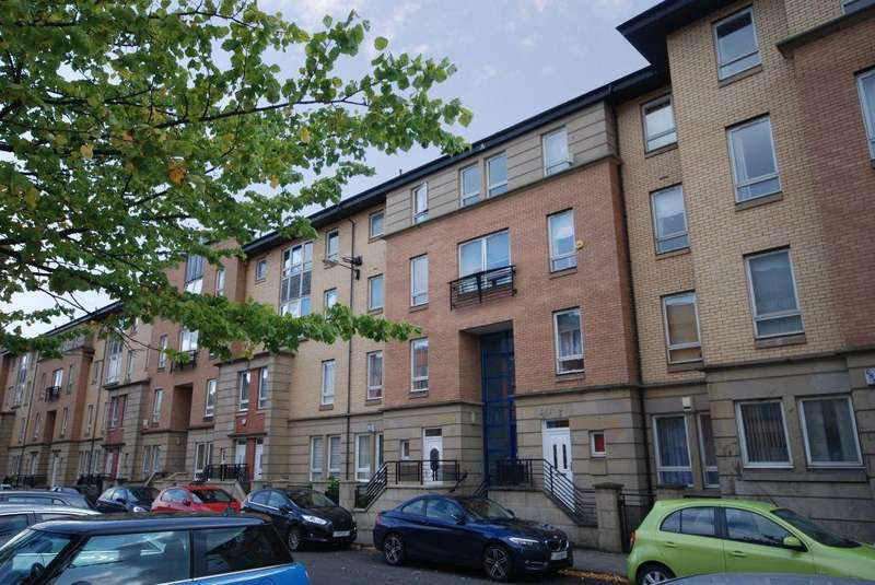 3 Bedrooms Flat for sale in Flat C, 116 Old Rutherglen Road, Oatlands, Glasgow, G5 0RH