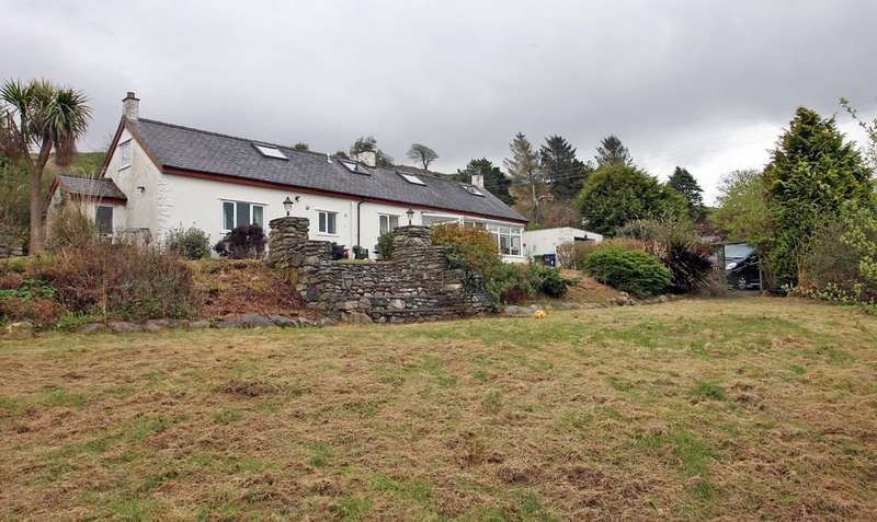 3 Bedrooms Cottage House for sale in Ceunant, North Wales