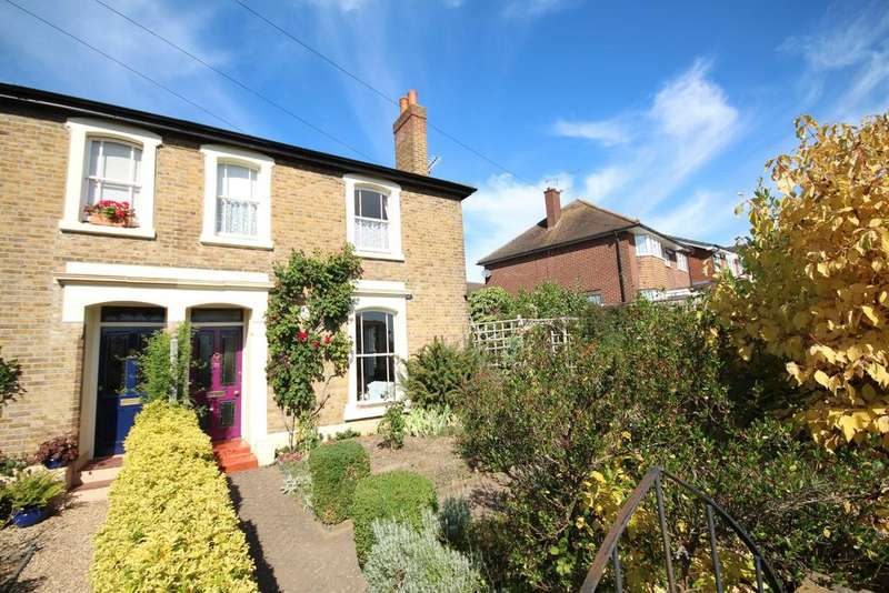 4 Bedrooms Semi Detached House for sale in Boyn Hill Road, Maidenhead