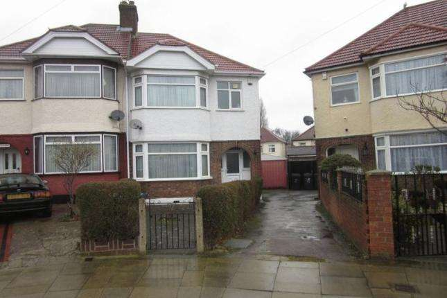 3 Bedrooms Semi Detached House for sale in Morland Gardens, Southall