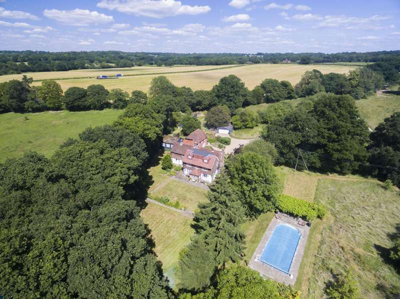 5 Bedrooms Cottage House for sale in Friday Street, Horsham, West Sussex, RH12