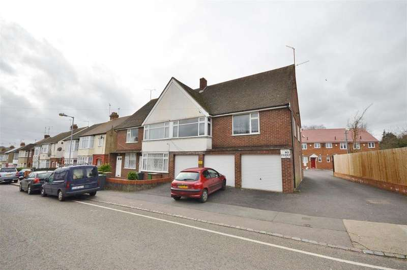 2 Bedrooms Block Of Apartments Flat for sale in Thornhill Road, Off Dunstable Road