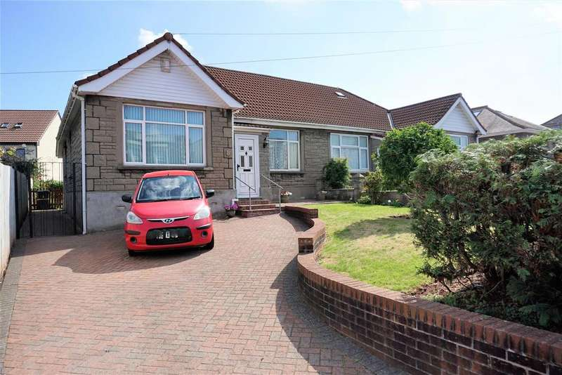 2 Bedrooms Semi Detached Bungalow for sale in Birchwood Road, Bristol