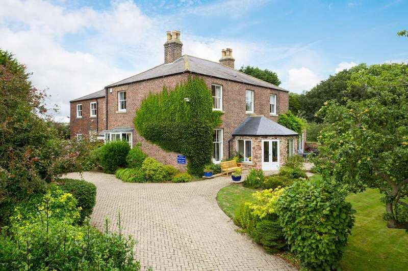 12 Bedrooms Detached House for sale in Sewerby, Bridlington, East Yorkshire YO15