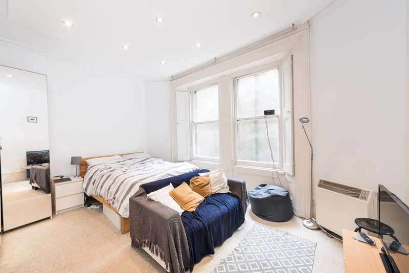 Studio Flat for sale in Collingham Road, Earls Court, SW5