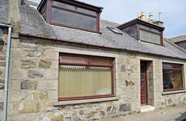 3 Bedrooms Terraced House for sale in North Street, Fraserburgh, AB43