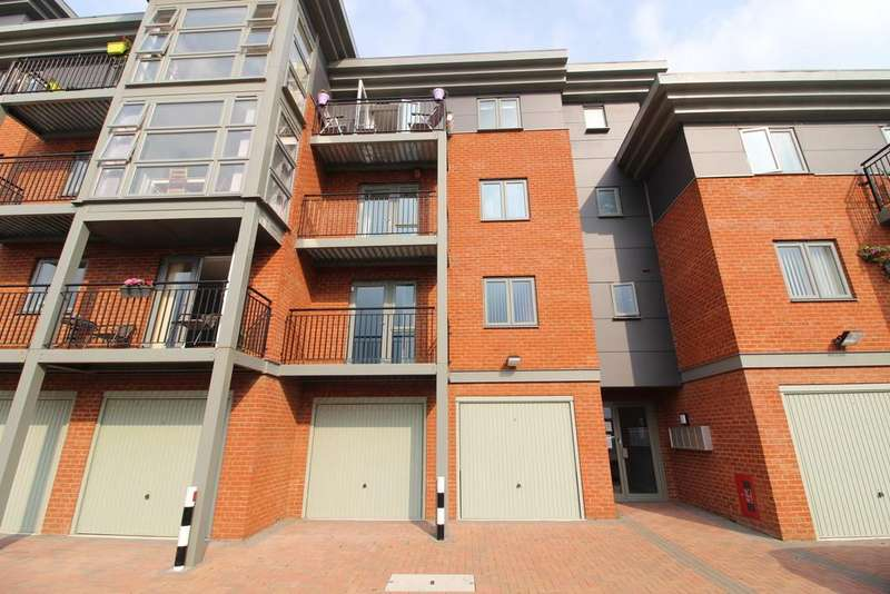 1 Bedroom Apartment Flat for sale in The Wharf, Morton