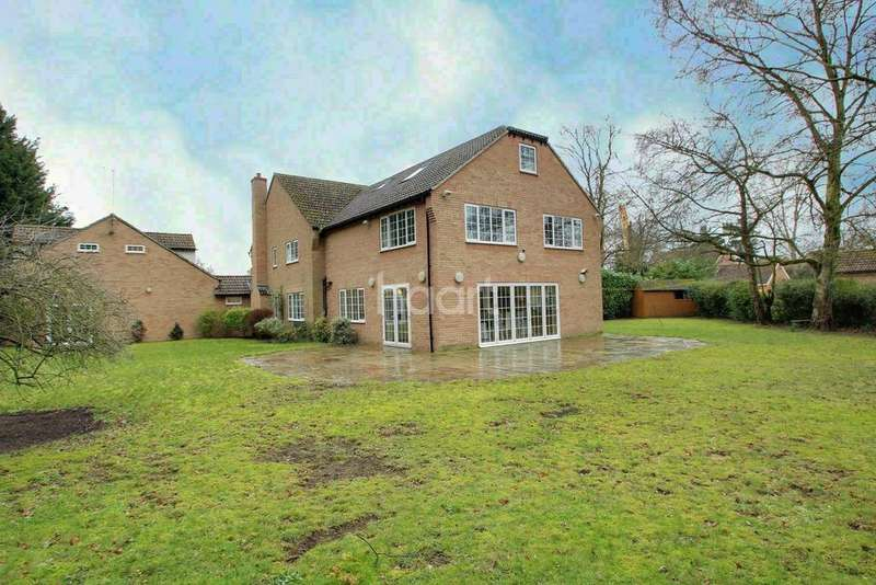 5 Bedrooms Detached House for sale in Warren Road, Red Lodge