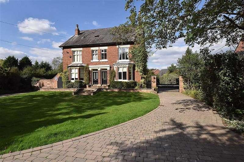 4 Bedrooms Semi Detached House for sale in Adlington Road, Wilmslow