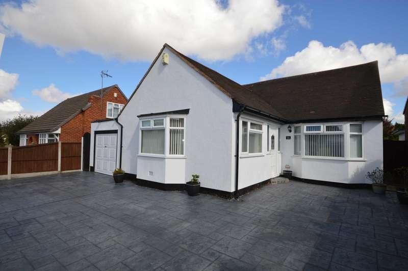 3 Bedrooms Bungalow for sale in Hawthorne Lane, Bromborough