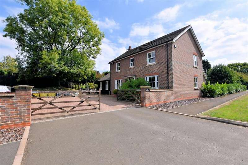 4 Bedrooms Detached House for sale in Winchester Road, Burghclere, Newbury