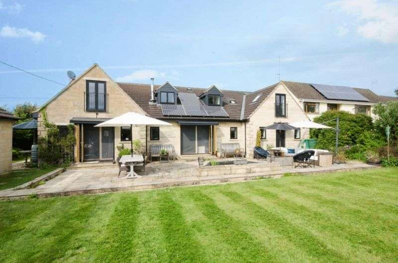 4 Bedrooms Property for sale in Corsham Road Lacock, Chippenham