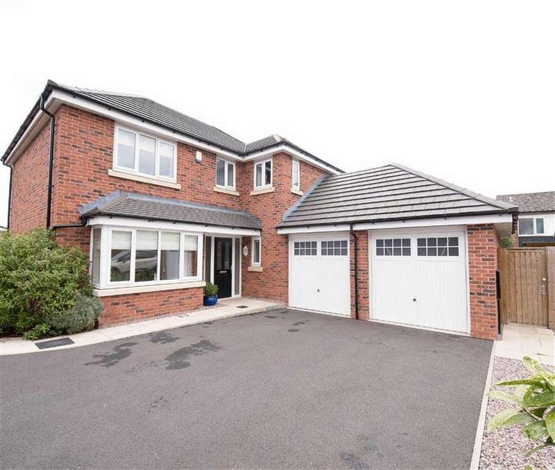 4 Bedrooms Detached House for sale in De Trafford Place, Croston, PR26