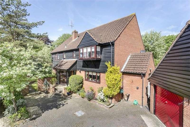 4 Bedrooms Detached House for sale in Steeple View, BISHOPS STORTFORD, Hertfordshire