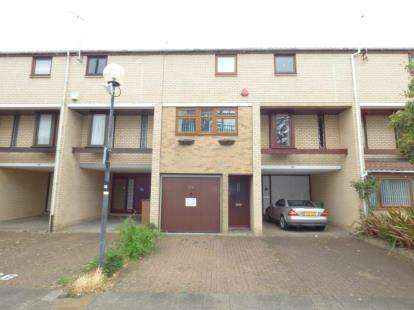 4 Bedrooms Town House for sale in North Eleventh Street, Milton Keynes