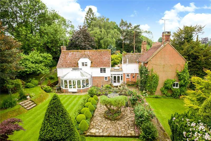 5 Bedrooms Detached House for sale in Church Lane, Horsted Keynes, West Sussex, RH17