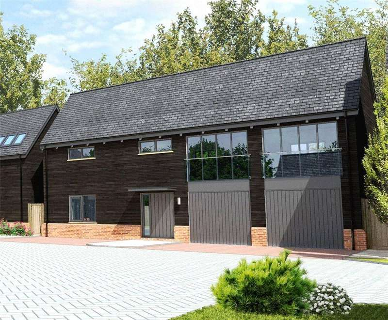 3 Bedrooms Barn Conversion Character Property for sale in Church Farm Court, High Street, Roxton, Bedfordshire