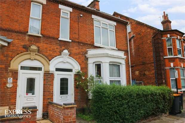 6 Bedrooms Semi Detached House for sale in Rutland Road, Bedford