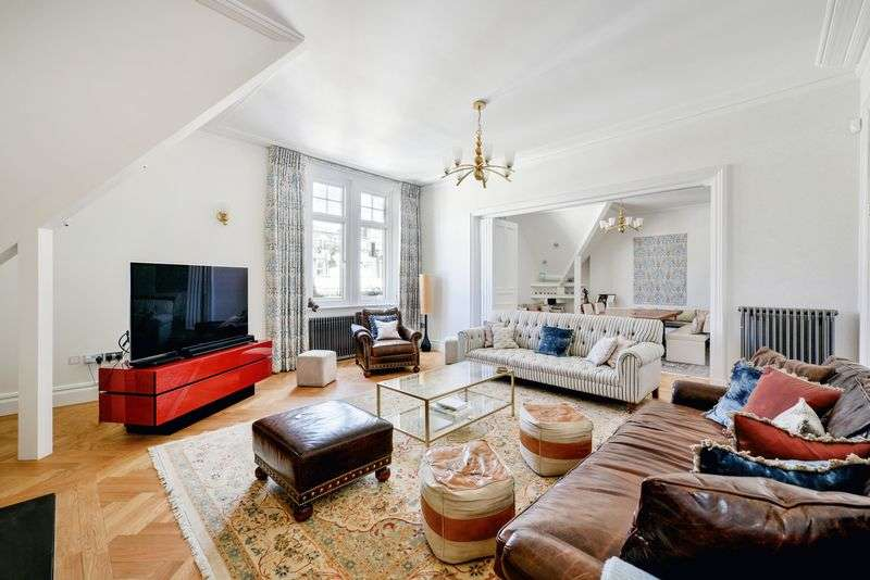 5 Bedrooms Property for sale in Carlisle Mansions Carlisle Place Victoria